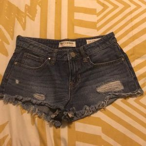 Distressed Bullhead shorts